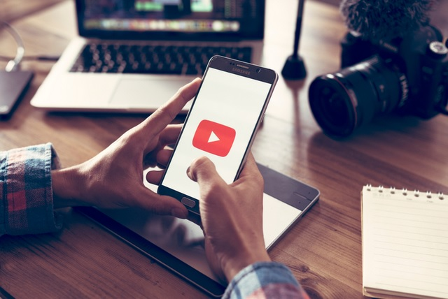 YouTube Plans Original Video Content in India to Take on Netflix, Amazon Prime