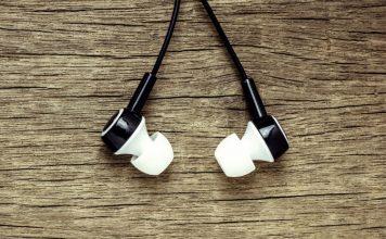 10 Best Earphones Under 1000 INR You Can Buy
