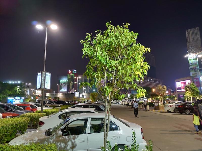 Asus ZenFone 5Z Low Light00003