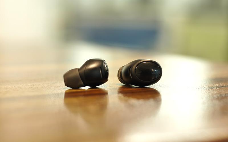 ESR truly wireless earbuds - Buds