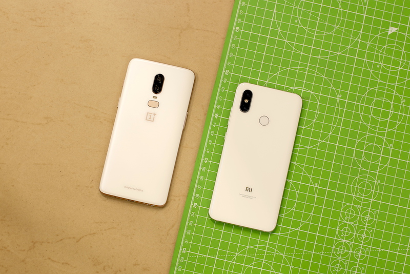Mi 8 vs OnePlus 6 - Design and Build Quality
