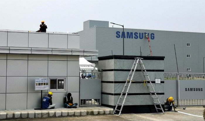 World's Largest Smartphone Manufacturing Plant is Located in India