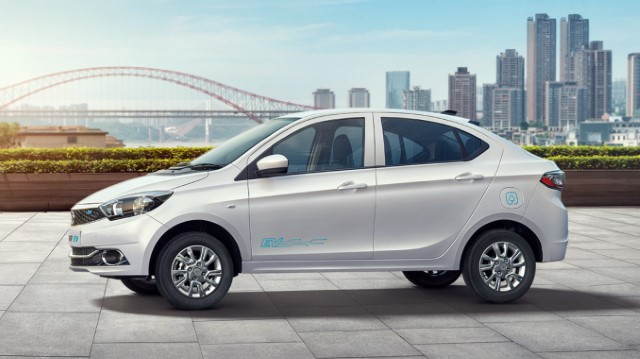 List Of Electric Cars Available In India Regularly Updated List