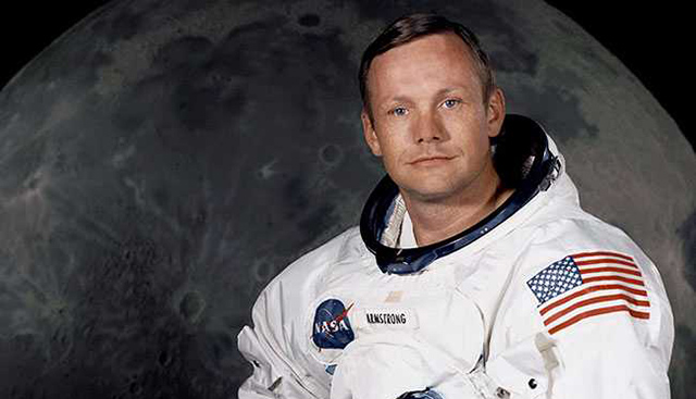 Neil Armstrong's Personal Belongings to be Set up for Auction