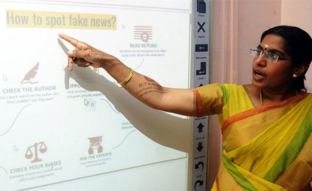 Kerala Schools Now Have Dedicated Classes to Help Kids Spot Fake News on WhatsApp