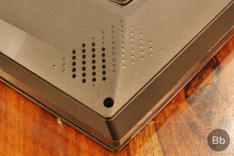 MSI GT75 Titan 8RG Review: Who Needs a Cooling Pad Anyway? | Beebom