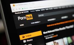 Pornhub Featured