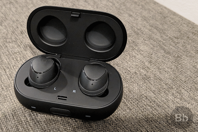 Samsung Gear IconX (2018) First Impressions: Promising Sound And Battery Life