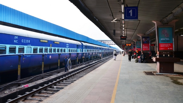IRCTC WhatsApp Helpline Gets More 'Good Morning' Wishes Than Complaints