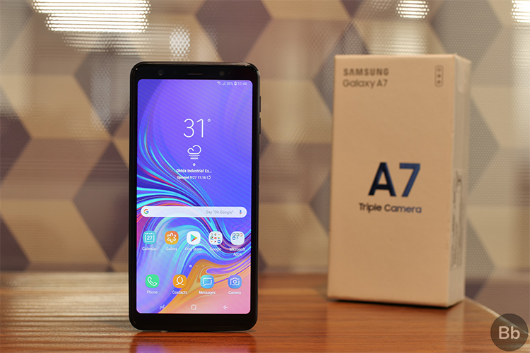 Samsung Galaxy A7 (2018): What's In the Box? | Beebom