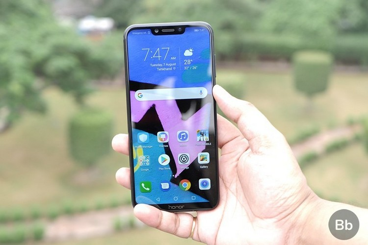 The Honor Play will not receive Android 10, and that's unfair