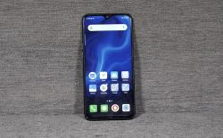 8 Best Smartphones with Teardrop, Dewdrop, or Waterdrop Notch That You Can Buy