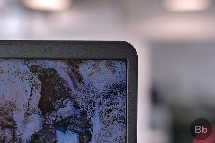 Asus VivoBook X505 narrow bezels