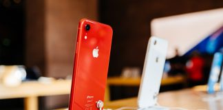 iphone xr featured new