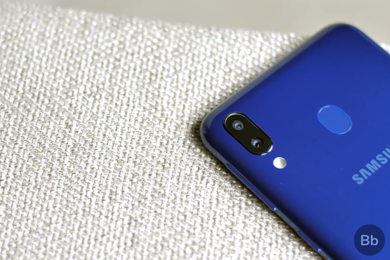 Samsung Galaxy M20 Review: Buy This or Wait for Redmi Note 7?