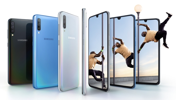 Samsung Galaxy A70 official with triple cameras and Infinity U display