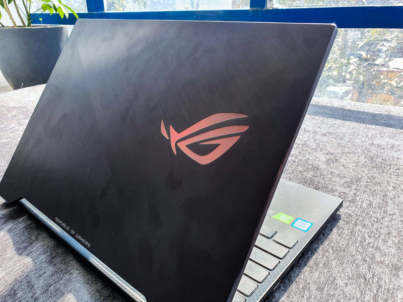 Asus ROG Strix SCAR II GL504GV Review: A Great Gaming Laptop?