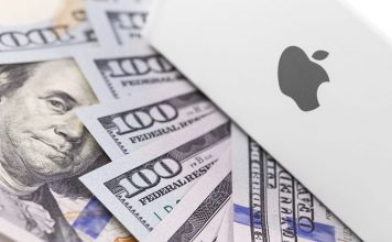 apple sued 1 billion usd