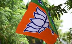 bjp and congress spend lavishly on social media