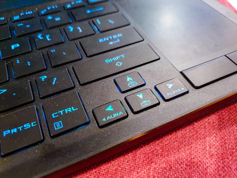 rog zephyrus gx531gw keyboard image