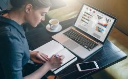 PC Laptops Woman Businesswoman shutterstock website