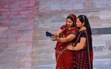 indians smartphone addiction study India shutterstock website