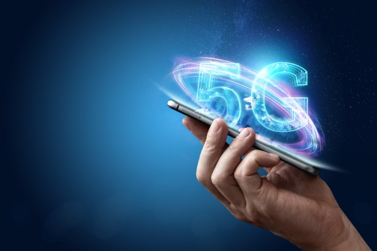 Affordable 5G Phones Priced Less Than $500 Coming in 2020: Report - Beebom
