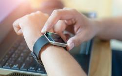 Wearables smartwatch shutterstock website