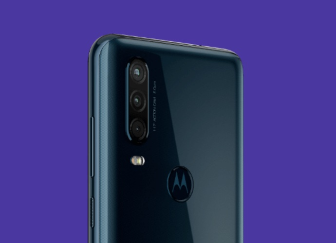 motorola one action cameras