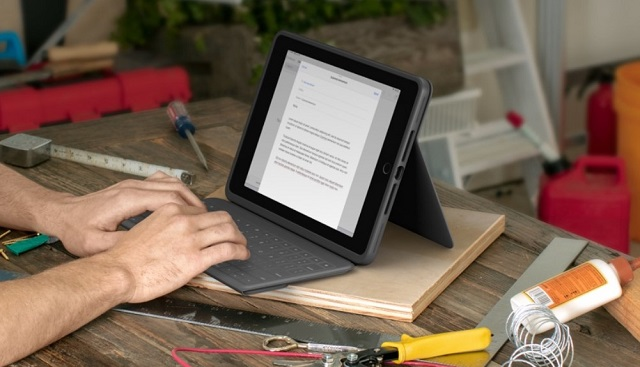 Logitech Rugged Folio for iPad 7