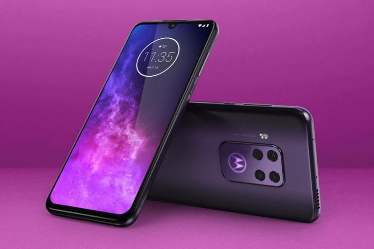 Motorola One Zoom website