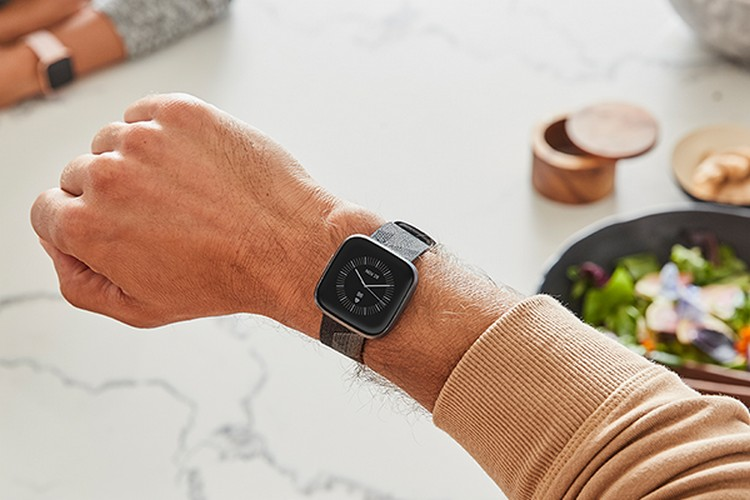 Google Confirms It's Acquiring Fitbit for $2.1 Billion
