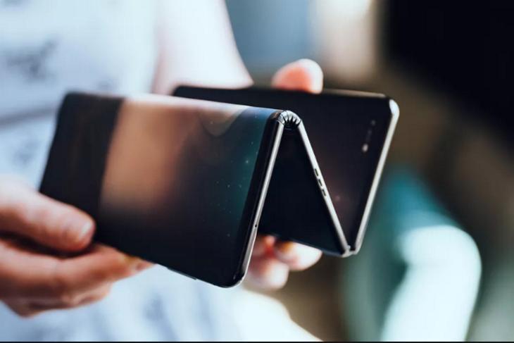 tcl foldable phone prototype