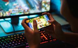 Gaming Smartphone shutterstock website