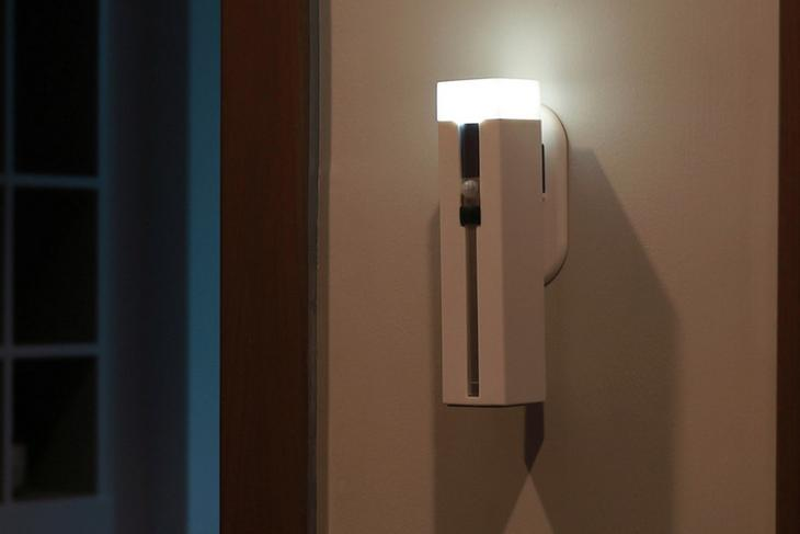 Xiaomi 3-in-1 Flashlight website