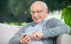 8 Best Smartphones for Senior Citizens in 2020