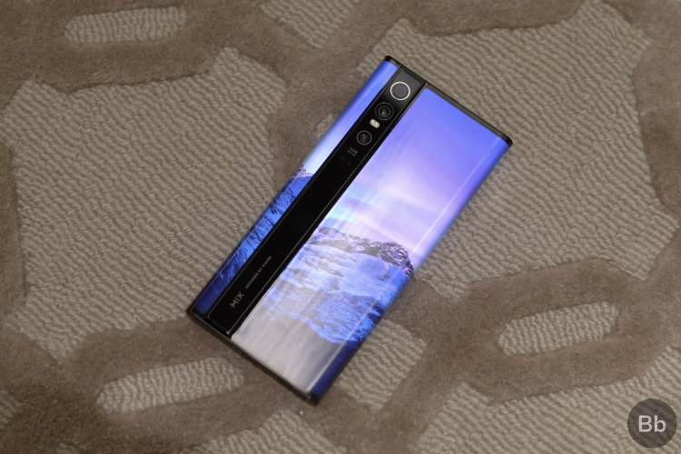 mi mix alpha - rear panel