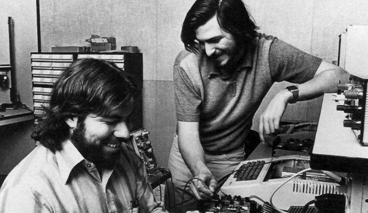 Jobs-and-Woz_feat