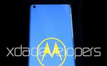 Motorola's Upcoming 5G Phone Will Sport a Waterfall Display