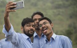 India to Pass Invasive Social Media Rules Without Major Changes: Report