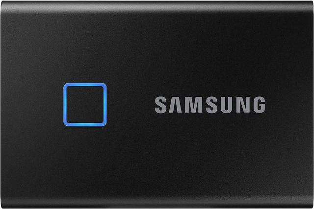 3. Samsung T7 SSD - 1TB Best MacBook Air 2020 Accessories