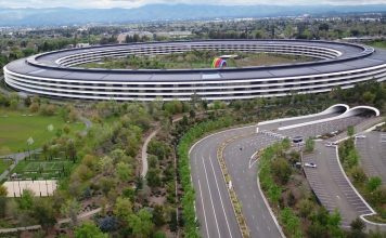 Apple park feat. 1