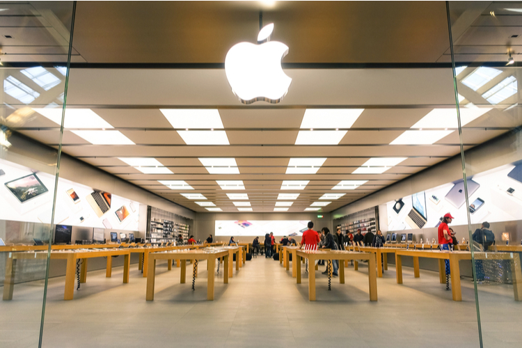 Apple store feat.