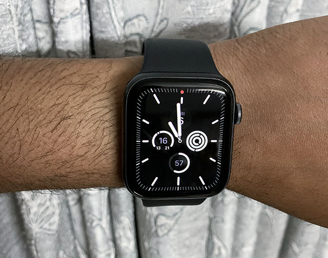 apple watch series 5 battery