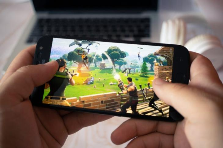 Fortnite now available on the Google Play Store