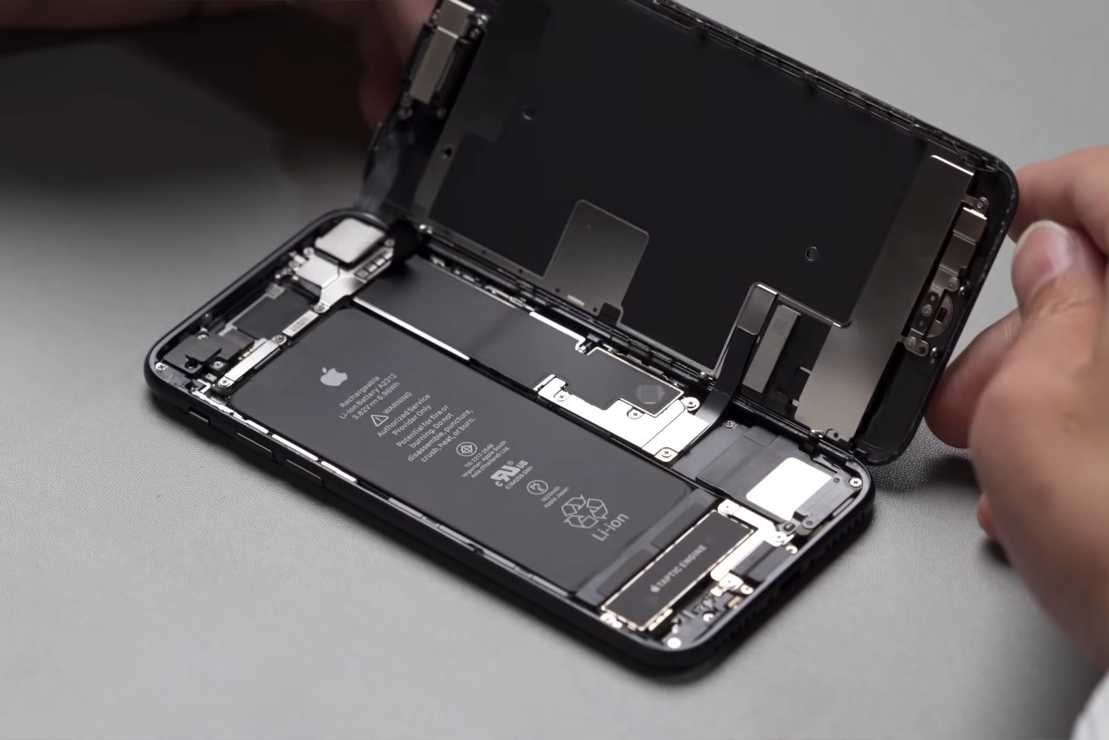 Mass Production of iPhone 12 Lineup to be Delayed Approximately One Month