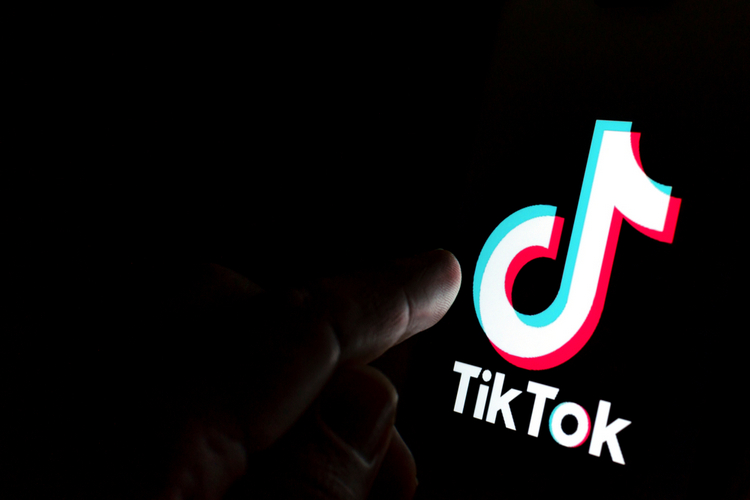 India bans TikTok, other Chinese apps amid border standoff
