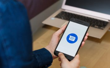 Google Messages gets emoji reactions in RCS chats