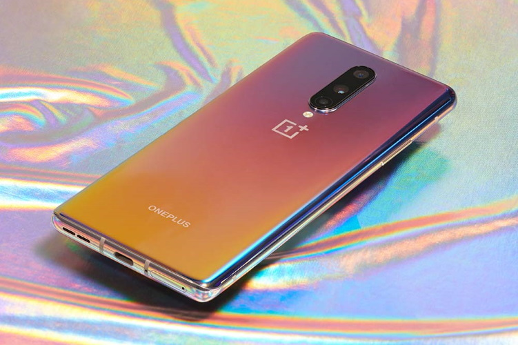 OnePlus 8 Pro's Camera has the Ability to See Through Plastic