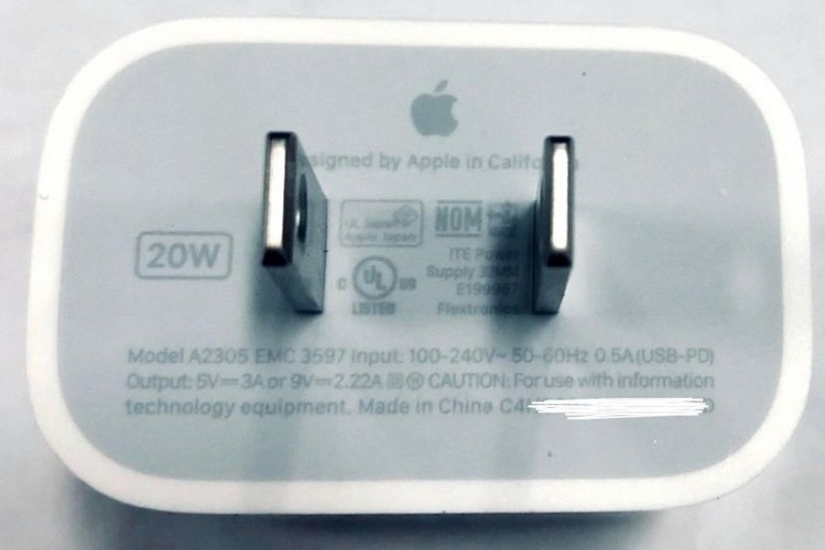 IPhone 12 won't be bundled with earbuds or charger, says analyst